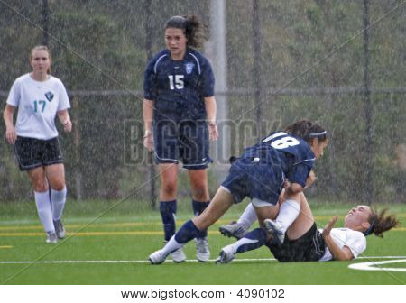 Girls Hs Varsity Soccer In The Rain.