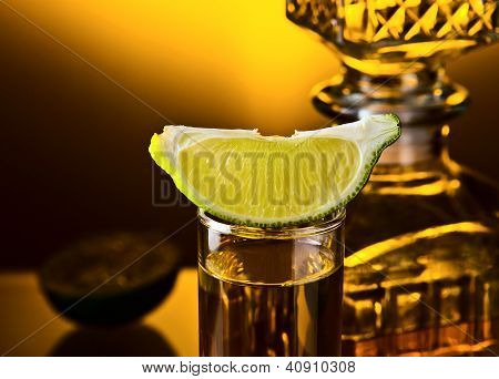 Lima y Tequila oro