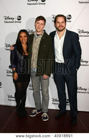 LOS ANGELES - JAN 10:  Danielle Nicolet, Johnny Pemberton, Kyle Bornheimer attends the ABC TCA Winter 2013 Party at Langham Huntington Hotel on January 10, 2013 in Pasadena, CA
