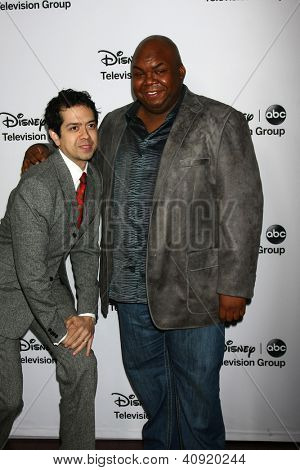 LOS ANGELES - JAN 10:  Geoffrey Arend, Windell Middebrooks attends the ABC TCA Winter 2013 Party at Langham Huntington Hotel on January 10, 2013 in Pasadena, CA