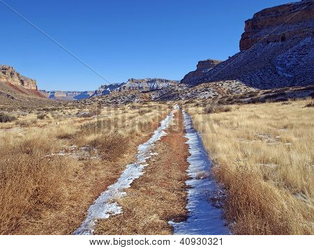 Road To Canyon