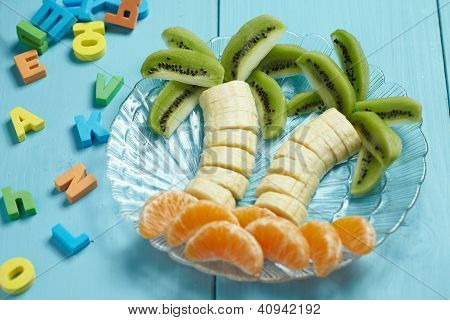 Fruit dessert for child