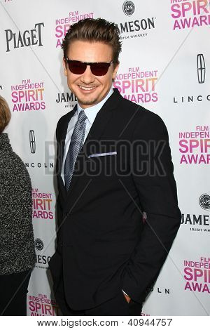 LOS ANGELES - JAN 12:  Jeremy Renner arrives at the 2013 Film Inependent nominees brunch at BOA Steakhouse on January 12, 2013 in West Hollywood, CA