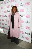 LOS ANGELES - JAN 12:  CCH Pounder arrives at the 2013 Film Inependent nominees brunch at BOA Steakh