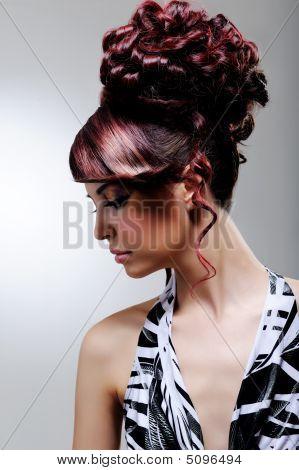 Creative Fashion Female Hairstyle