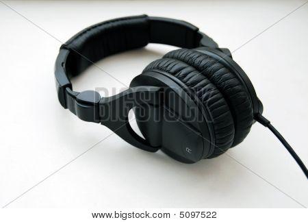 Schwarzer Kopfhörer