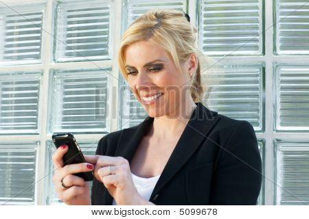Empresaria con Smart Phone
