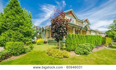 a very neat and colorful home with gorgeous outdoor landscape in suburbs of Vancouver, Canada