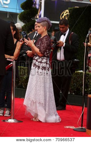 LOS ANGELES - AUG 25:  Kelly Osbourne at the 2014 Primetime Emmy Awards - Arrivals at Nokia at LA Live on August 25, 2014 in Los Angeles, CA