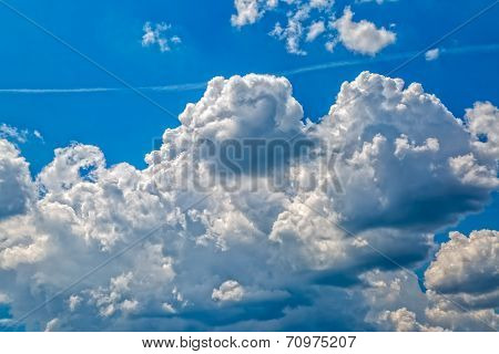 Sky with the clouds