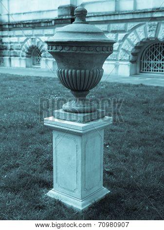 Urn Picture
