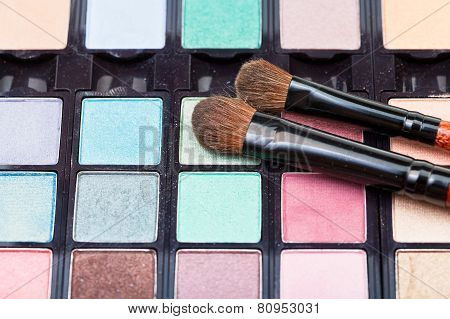 Makeup Kit And Cosmetic Brushes