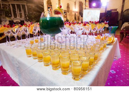 Catering - Alcohol Cocktails With Wine Bowl