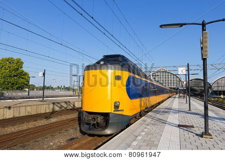 Train Amsterdam Cs