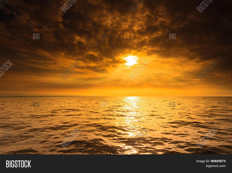 Beautiful Seascape Evening Sea Horizon And Sky. Stock