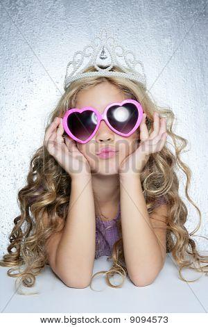 Vítima da moda retrato pouco princesa menina