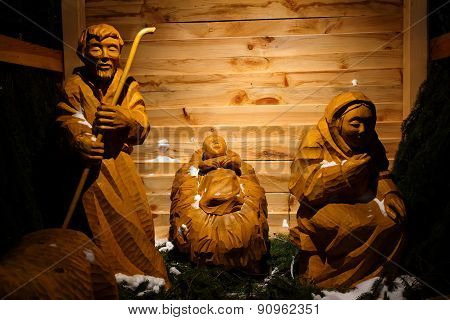 Wooden Christmas Nativity Scene - The Holy Family, Life Size