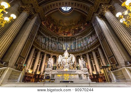PARIS, FRANCE - MAR 16: Interiors and architectural details of Eglise de la Madeleine. Madeleine on March 16, 2015. Church was designed in its present form as a temple to the glory of Napoleon's army.