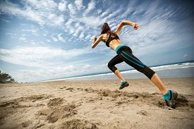 pic of athletic woman  -  Running woman - JPG