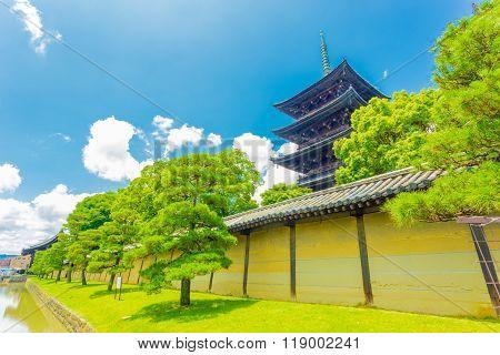 Toji 5 Story Pagoda Angled Wall Blue Sky H