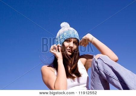 Beautiful young urban Girl im freien