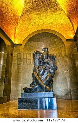 Njegos statue Lovcen