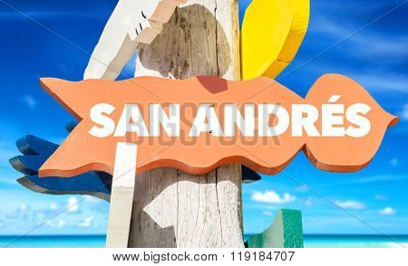 San Andres welcome sign with beach