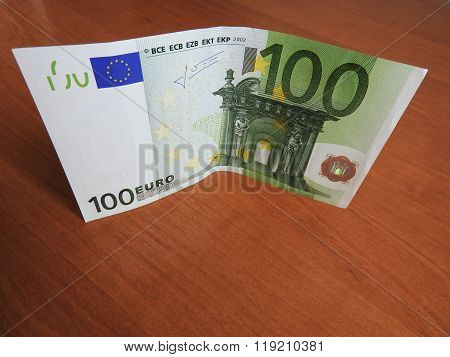 stack of Euro bills in denominations of 100 units
