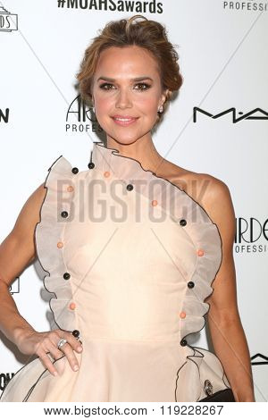 LOS ANGELES - FEB 20:  Arielle Kebbel at the Make-Up Artists And Hair Stylists Guild Awards at the Paramount Studios on February 20, 2016 in Los Angeles, CA