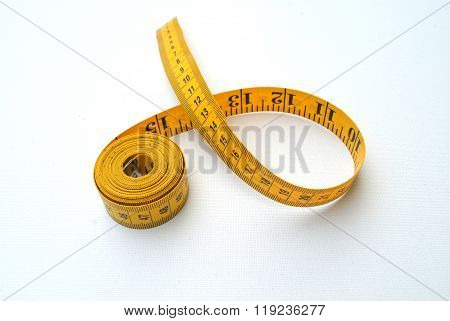 Tape measure with metric and imperial measurements