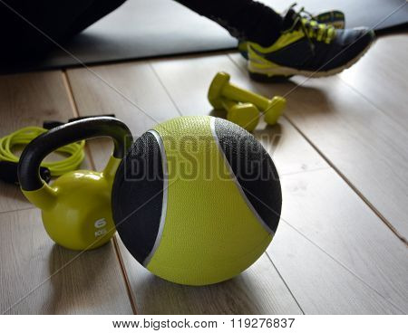 Ketlebell With Medicine Ball