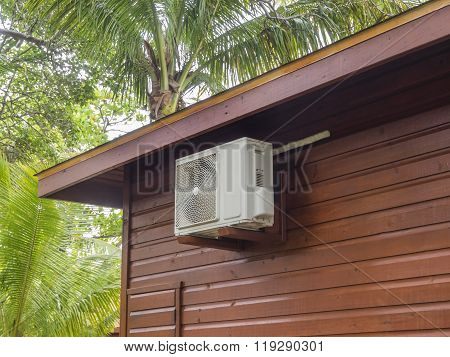 Small AC unit on bungalow