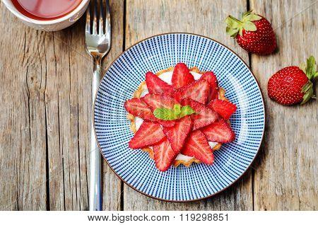 Strawberry Cream Cheese Tartlet