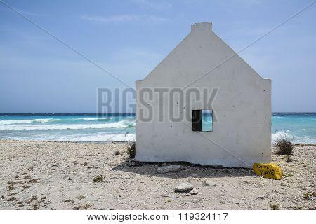A white slave house on the Caribbean Island Bonaire