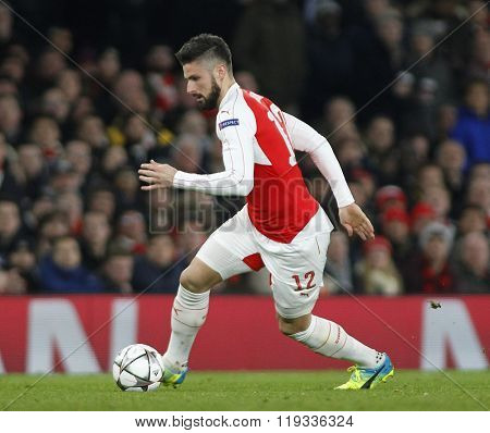 LONDON, ENGLAND - FEBRUARY 23: Olivier Giroud of Arsenal during the Champions League match between Arsenal and Barcelona at The Emirates Stadium