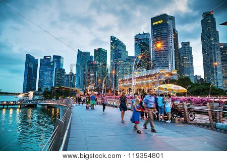 Overview Of Singapore With The Merlion