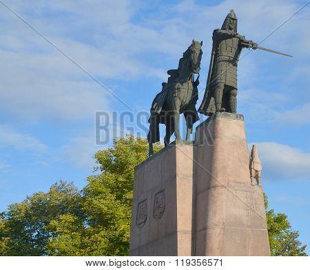 Sculpture of Grand Duke Gediminas