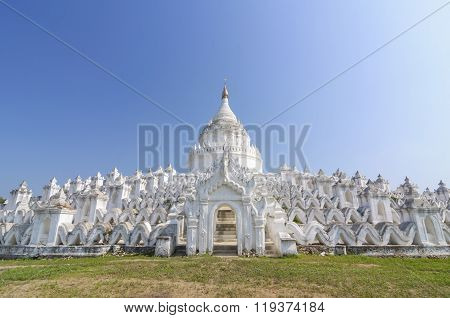 The White Pagoda Of Hsinbyume (mya Thein Dan Pagoda) Paya Temple, Mingun, Mandalay - Myanmar