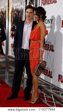 Zoe Saldana and Keith Britton at the World Premiere of