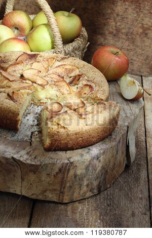 Charlotte With Cinnamon And Apples