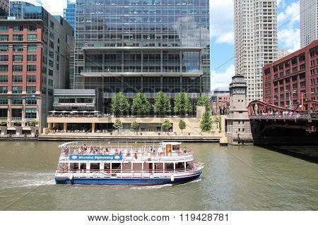 Chicago River Boat