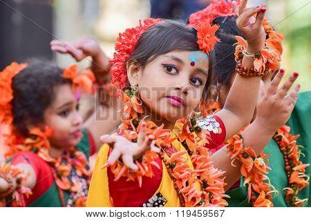 Girl Child Dancers Perforimg At Holi (spring) Festival In Kolkata.