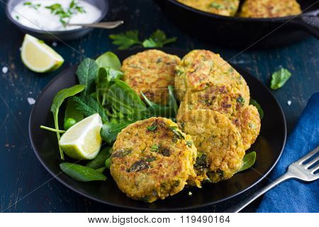 Vegetarian Chickpeas And Spinach  Fritters With Garlic Herb Yogurt Sauce