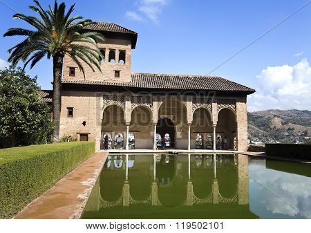 Alhambra Palace Of The Partal