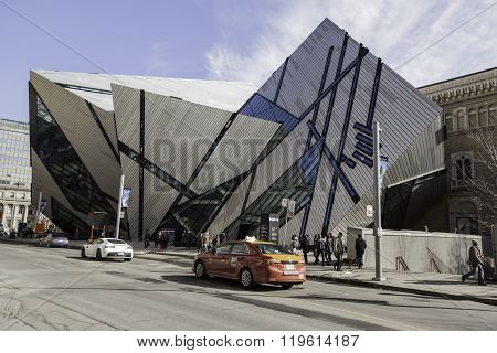 Street view of the Royal Ontario Museum in Toronto.