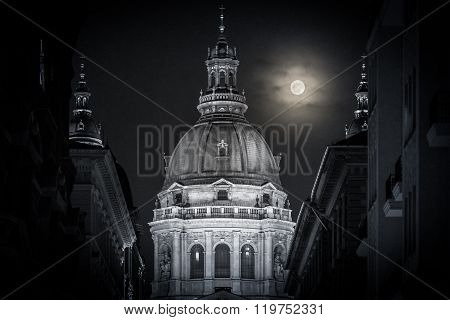 Stephen Basilica In Budapest, Hungary, Europe.