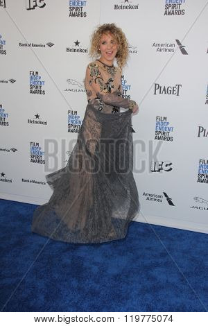 LOS ANGELES - FEB 27:  Juno Temple at the 2016 Film Independent Spirit Awards at the Santa Monica Beach on February 27, 2016 in Santa Monica, CA