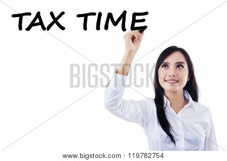 Female Manager Remind The Tax Time