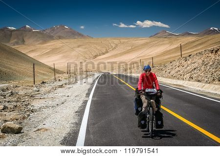 Cycling on Karakorum Highway