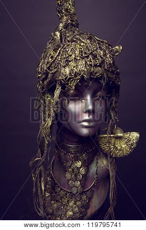 Bronze female Mannequin in metal headwear decoration and accessories